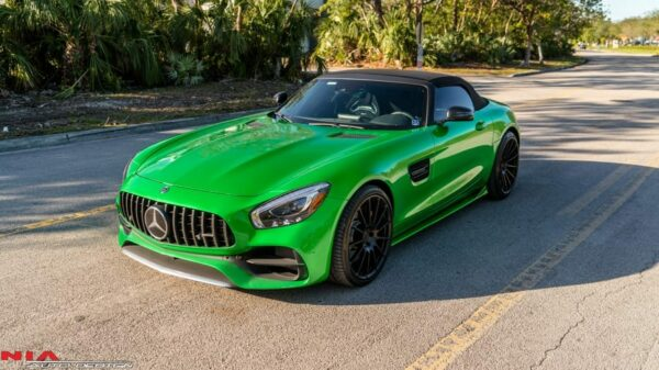 mercedes-amg-gt-estribos-laterales-2016-2017-2018